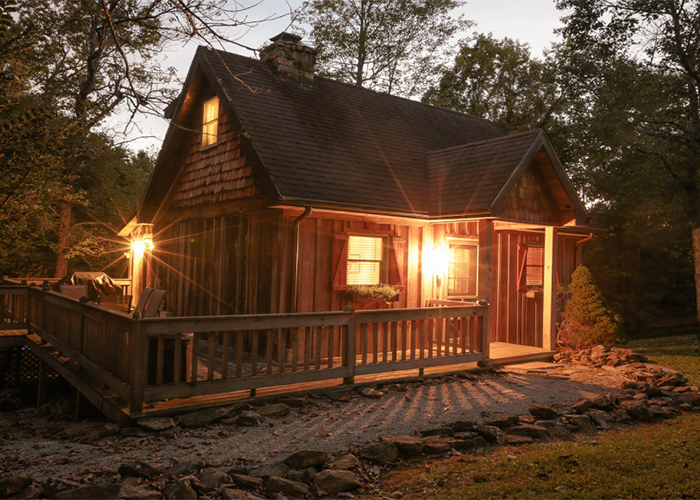 Whispering Woods Cottage